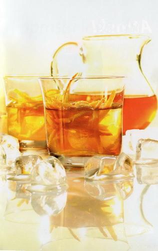 Šalta žalioji arbata su džinu