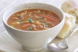 Triušienos sriuba makaronais