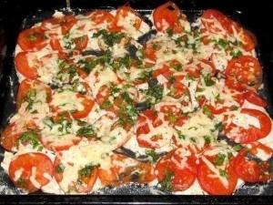 Vištienos filė užkepta sūriu ir pomidorais