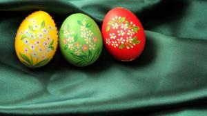 Lietuvos trispalvė iš velykų kiaušinių