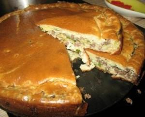 Super švelnaus skonio pyragas su mėsa ir kopūstais