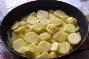 bulviu uzkepele vakarienei1 (2)