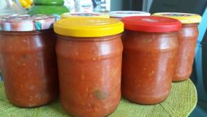 Pomidorų, morkų, svogūnų ir bazilikų padažas sriuboms ir ne tik