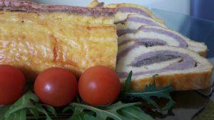 Sūrio, kiaušinių, mėsos ir grybų vyniotinis