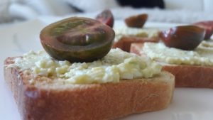 Avokadų ir kiaušinių užtepėlė