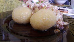 Virtų bulvių cepelinai su grybų įdaru