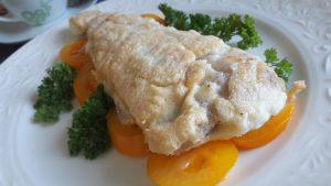 Žuvis su baltymų plutele