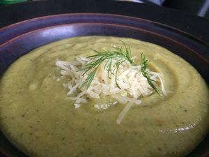Brokolių sriuba su sūriu