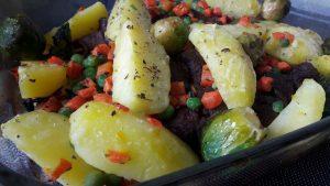 Jautienos iešmeliai su daržovėmis