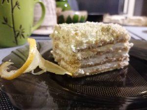 Nekeptas citrininis pyragas